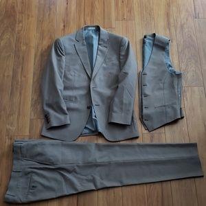 JF J. Ferrar Worsted Wool Slim Fit Suit